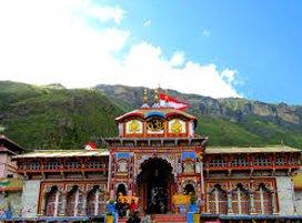 https://www.chardham-tours.com/wp-content/uploads/2018/04/badrinath-yatra-tour.jpg