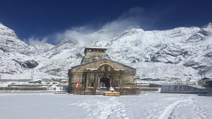 Kedarnath Temple Snowfall